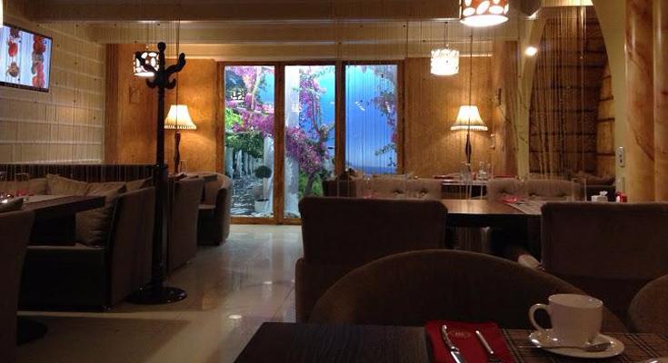 Monaco Lounge Cafe