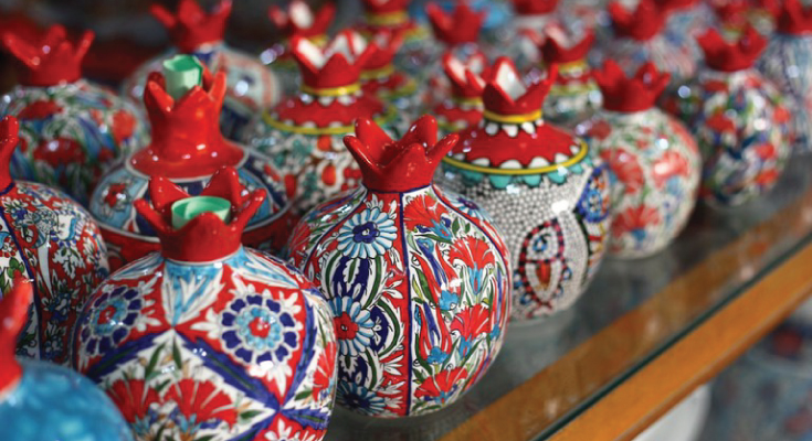 Souvenirs Made from Pomegranate