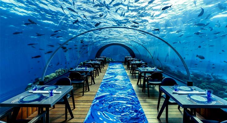 Dine-at-Ithaa-Undersea-Restaurant